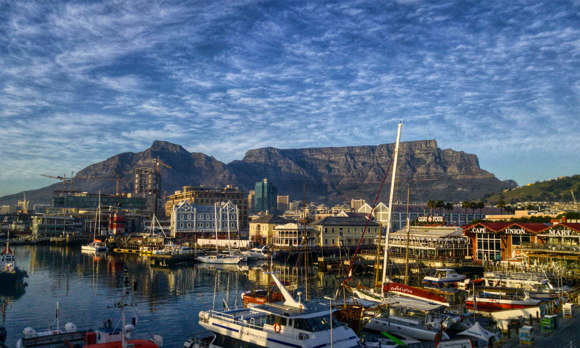 cape town with table mountain background